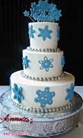 Celebrate your Wedding with an Beautiful Hoilday White Wedding Cake with Snowflakes