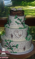 Celebrate your Wedding with an Themed Tree Carved Wedding Cake