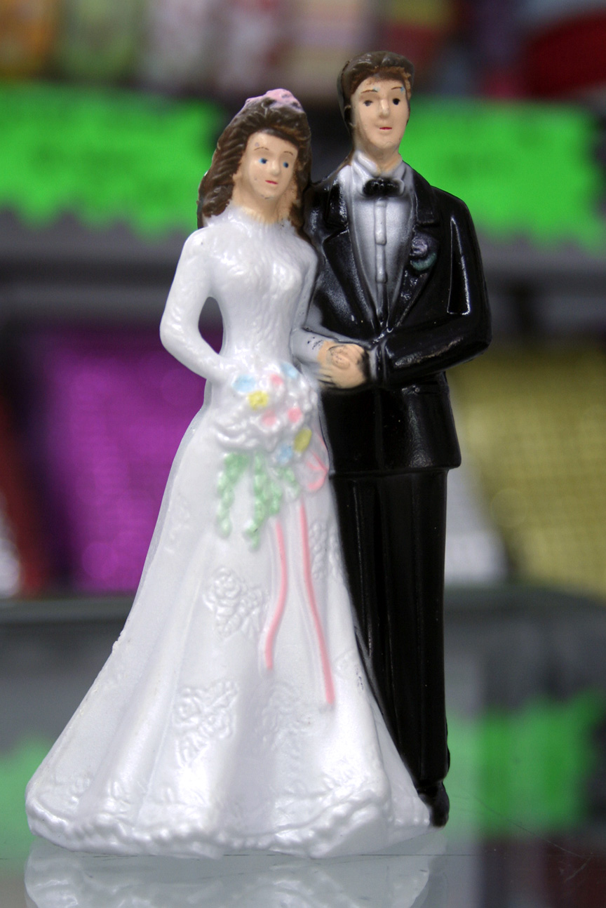 traditional wedding cake toppers wedding cake topper 8041