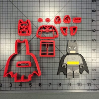 Lego Batman Body Cutter set is shown along with end result.